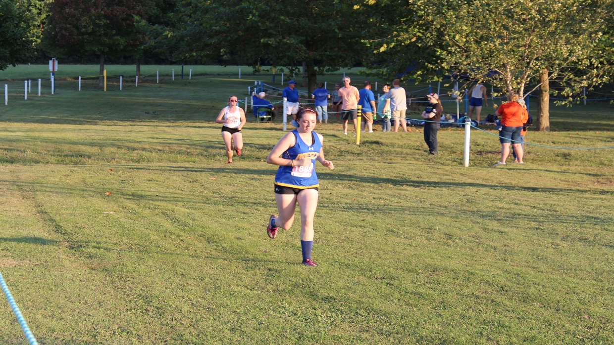 Photo for Women's Cross Country Runs at Greater Louisville Classic
